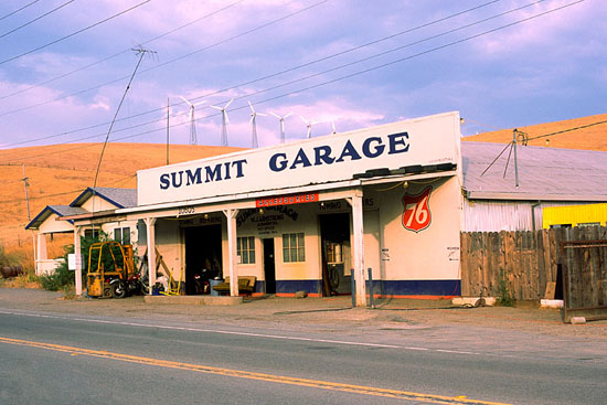 summit_garage